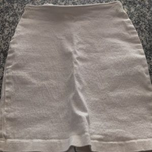 Cute stretchy white thick cotton skirt kick pleat